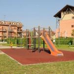 A Chivasso riaprono in sicurezza le aree gioco di parchi e giardini