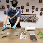 Arrestato un pusher, sequestrati 320 grammi di marijuana e hashish
