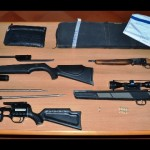 Deteneva illegamente delle armi arrestato dalla Polizia