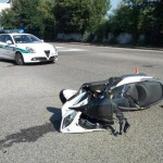 Incidente a Torino scontro auto-moto