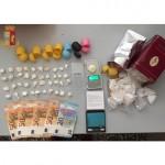 La droga nascosta  negli ovetti di cioccolata  e nel materasso
