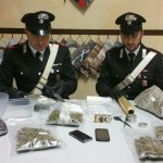 Nasconde un chilo di marijuana in casa