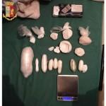 Oltre 650 grammi di sostanza stupefacente in casa un arresto