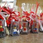 Omaggio del Sindaco di Ivrea agli Abbà la collezione Lego