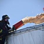 Prende fuoco un mezzo carico di accumulatori al piombo 1