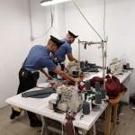 Scoperto un laboratorio clandestino cinese adibito anche a dormitorio