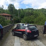 Selfie dal ponte Preti intervengono i Carabinieri