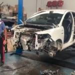 Smontavano auto rubate per rivendere i pezzi