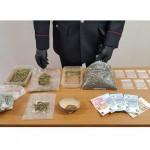 Un arresto per detenzione di marijuana ai fini di spaccio