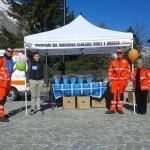 Volontari del Soccorso Ceresole e Noasca e Pubblica Assistenza Sauze d'Oulx per la campagna Fiori d'azzurro
